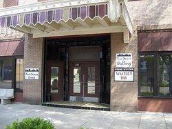 Main Street Grill & Whitney Inn