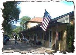 Nob Hill Motel & Cabins