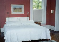 Meek House Bed and Breakfast