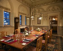 The Station Grille - Union Station a DoubleTree by Hilton