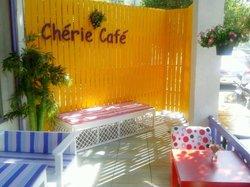 Cherie Cafe & Chateau Bien