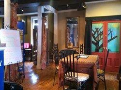 Leia's Wrap Cafe'