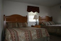 Carriage House Motor Inn