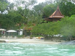Hotel from the sea, as you will see located right by the beach