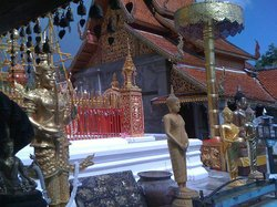 Wat Phra That Doi Suthep & Meo Tribal VillageTour - Ranvel Tour