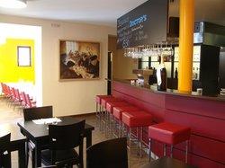 Doctor's Restaurant & Bar