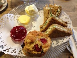 Egg cress sarnies with a huge plum scone