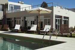Colonia West Hotel