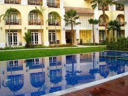 Kham Thana Hotel