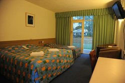 Artesian Spa Motel