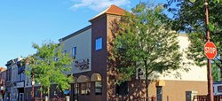Shenandoah Inn & Suites