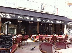 Le Courtois Cafe