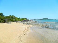 Tres Praias Beach