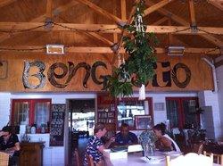 Ben Gusto Cafe