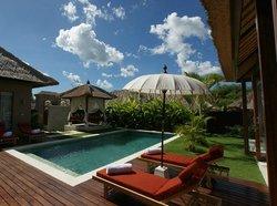 Villa Dua Pool