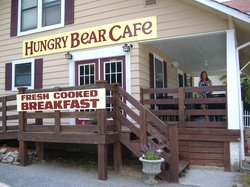 ‪Hungry Bear Cafe‬