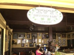 Ivy Guesthouse & Bar