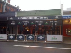 Universal Bar and Grill