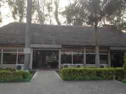 Midway Resort