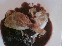 Pato Crujiente (con salsa de cerezas negras)