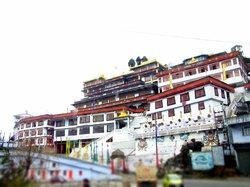 Druk Thupten Sangag Choling Monastery