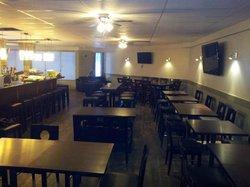 Bailey's Pub & Grill