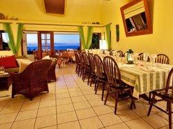Capri St. Lucia