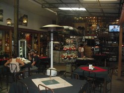 Cafe Baviera, Kappe und Grill