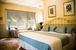 Hawi Plantation House B & B