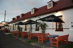 Caledonian Inn Motel