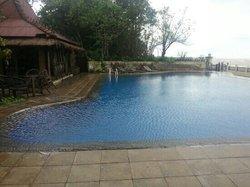 Joglo Putu Inten Resort