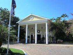 Front & entrance of resort