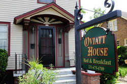 Oviatt House Bed and Breakfast