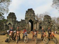 Siem Reap Dirt Bikes Day Tours