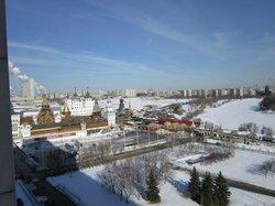 Widok z okna Hotelu Izmailovo Delta na Izmailovo Kreml