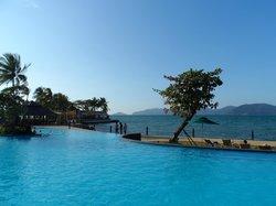 Tanjung Aru pool / sea view