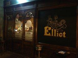 Elliot Pub