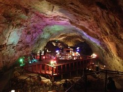 Grand Canyon Caverns Tours
