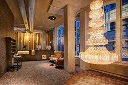 Hotel V Nesplein