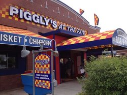 Pigglys at the Fair