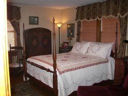 The Minnis House Inn & Guest Cottage