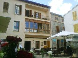 Cal Lloro Hotel