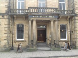 Front entrance, The Bourtree, Wetherspoons, Hawick