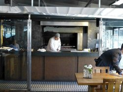 Offene Küche/Holzkohlengrill