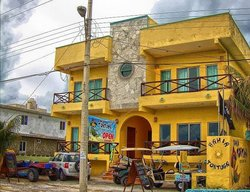 Bahia Tortuga Restaurant - Bar
