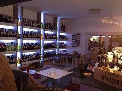 Enoteca Chez Amis