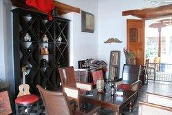 Artesanic Furniture Art & Cigars