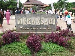 Mekarsari Park