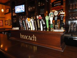 Brocach Irish Pub & Restaurant