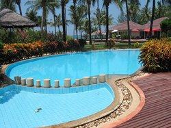 Pool & Spa.